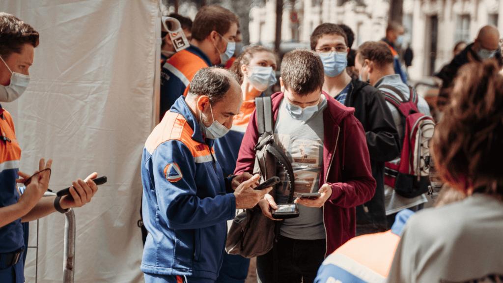 Les bénévoles de la Protection Civile et la gestion des mesures sanitaires.